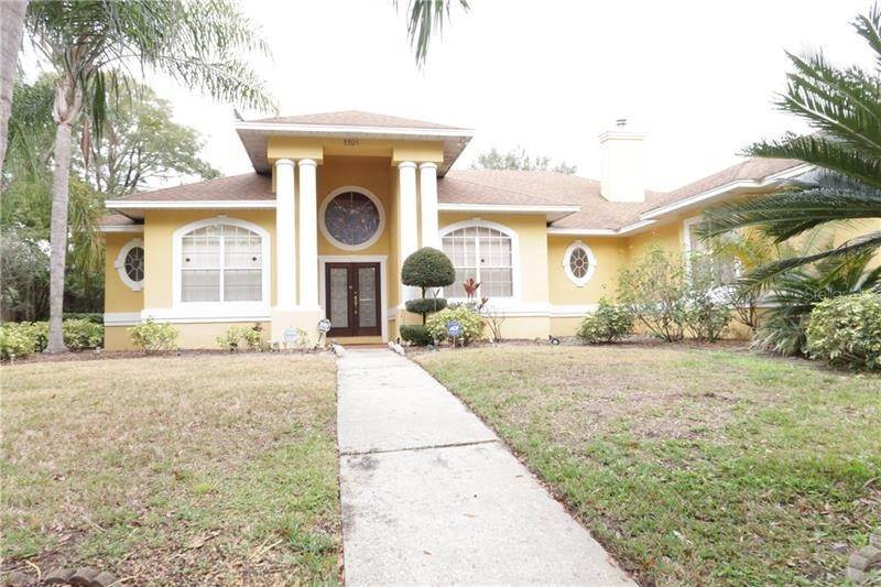 Single Family Homes for Sale at 1101 ZACHARY WAY Orlando, Florida 32835 United States