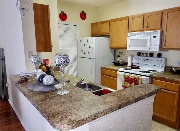 2. Condominiums for Sale at 5550 E MICHIGAN STREET 2228 Orlando, Florida 32822 United States