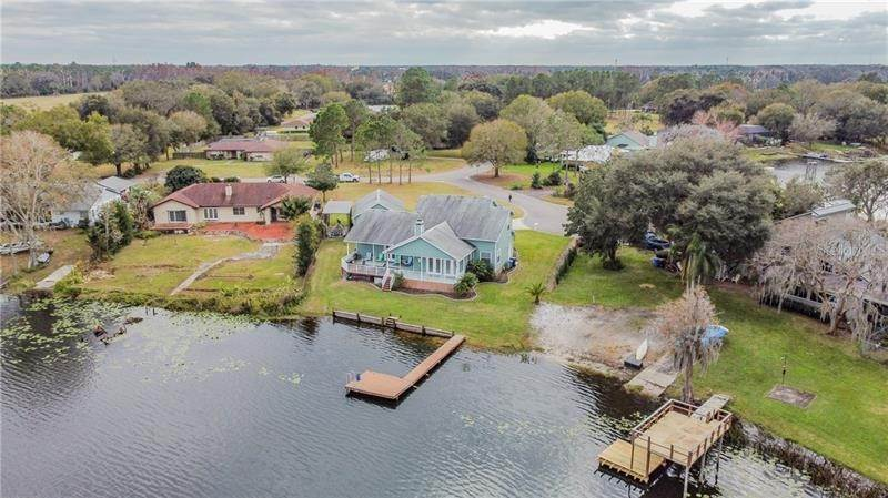 5. Single Family Homes for Sale at 10207 LAKE GROVE DRIVE Odessa, Florida 33556 United States