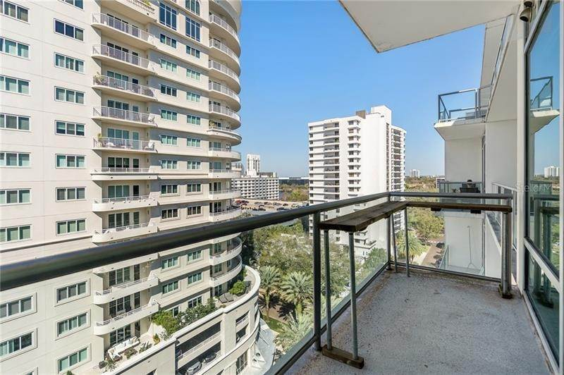 20. Condominiums for Sale at 101 S EOLA DRIVE 1116 Orlando, Florida 32801 United States