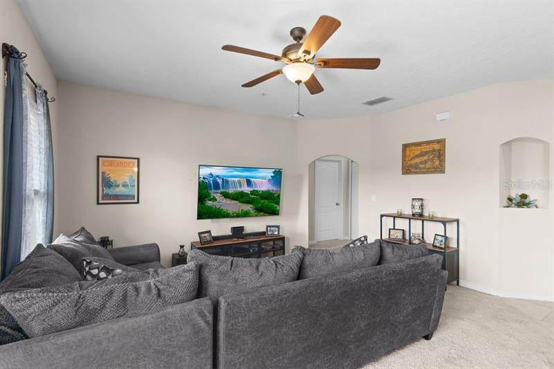 9. Condominiums for Sale at 2153 BETSY ROSS LANE St. Cloud, Florida 34769 United States