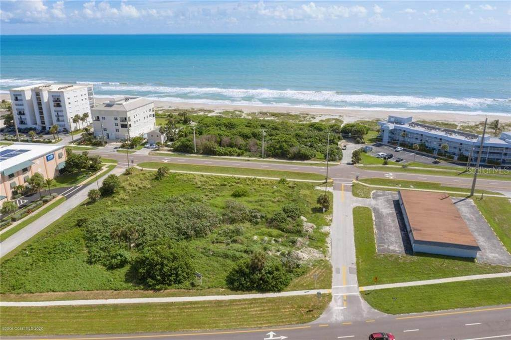 Terreno por un Venta en 2050 ATLANTIC AVENUE Cocoa Beach, Florida 32931 Estados Unidos