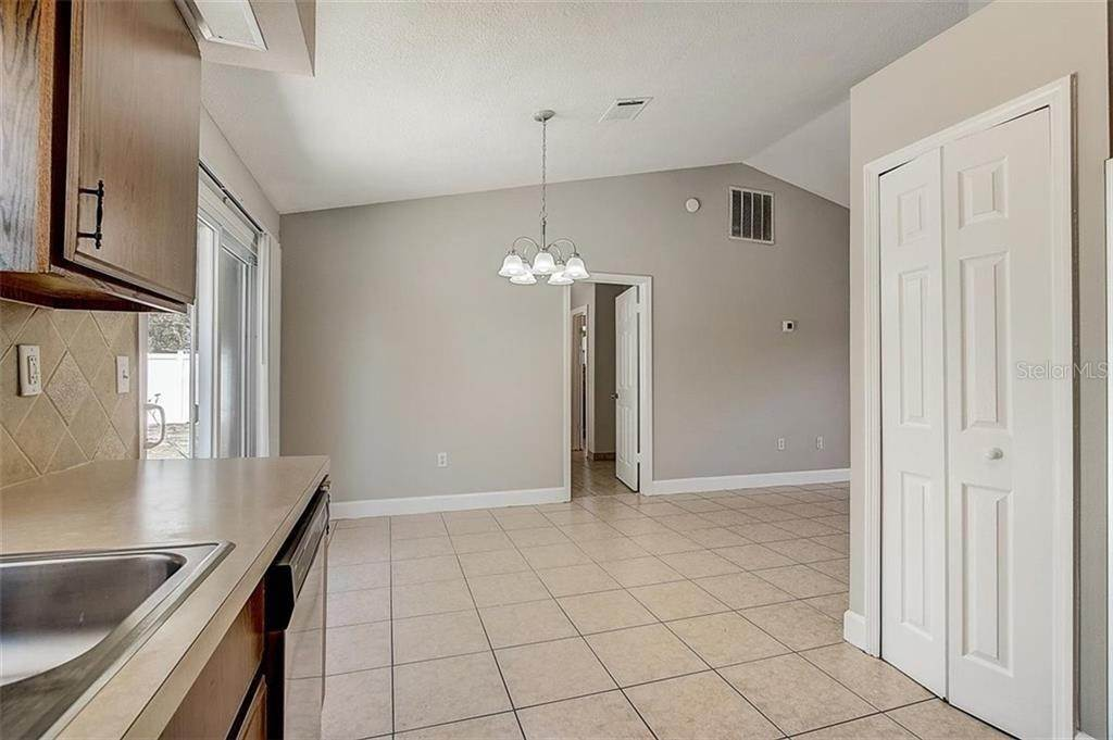 17. Single Family Homes for Sale at 4144 BALD EAGLE DRIVE Kissimmee, Florida 34746 United States