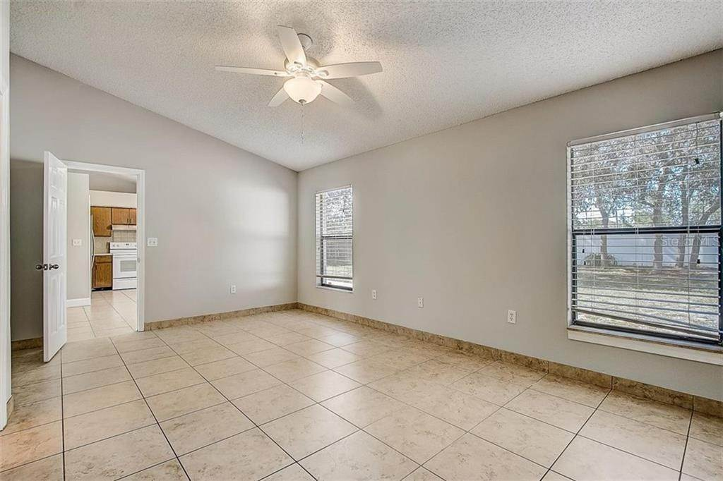 20. Single Family Homes for Sale at 4144 BALD EAGLE DRIVE Kissimmee, Florida 34746 United States