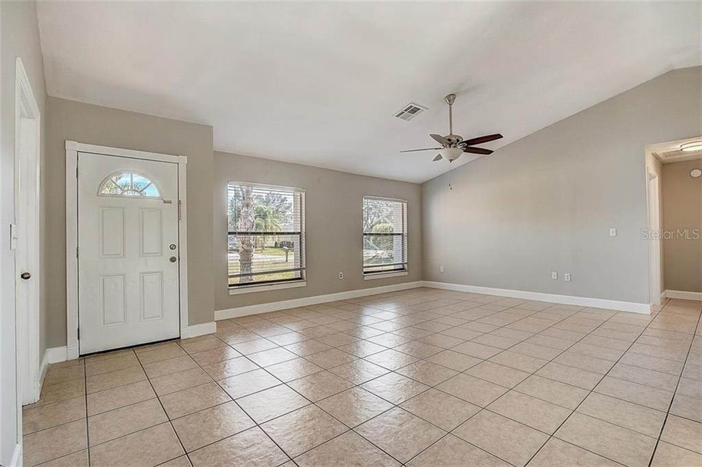 7. Single Family Homes for Sale at 4144 BALD EAGLE DRIVE Kissimmee, Florida 34746 United States