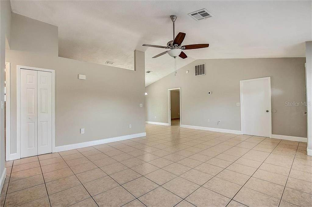 9. Single Family Homes for Sale at 4144 BALD EAGLE DRIVE Kissimmee, Florida 34746 United States