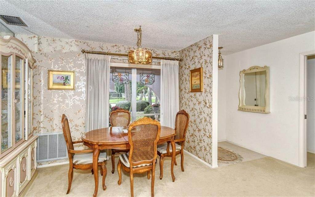 11. Single Family Homes for Sale at 3635 KINGSTON BOULEVARD Sarasota, Florida 34238 United States