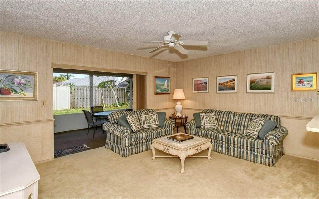 13. Single Family Homes for Sale at 3635 KINGSTON BOULEVARD Sarasota, Florida 34238 United States