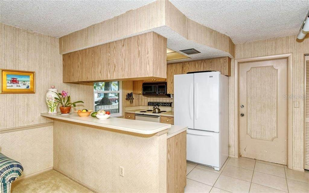 18. Single Family Homes for Sale at 3635 KINGSTON BOULEVARD Sarasota, Florida 34238 United States