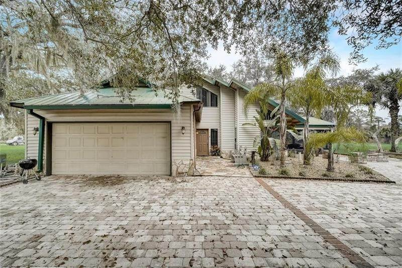 Single Family Homes for Sale at 1851 MAYTOWN ROAD Oak Hill, Florida 32759 United States