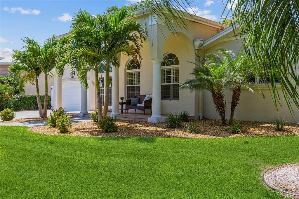 Single Family Homes for Sale at 609 OSCEOLA ROAD Belleair, Florida 33756 United States