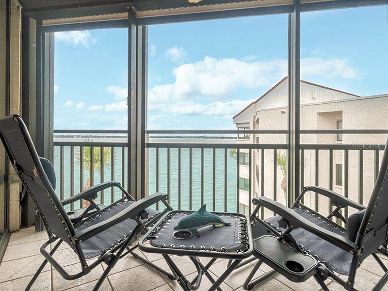 7. Condominiums for Sale at 5505 LA PUERTA DEL SOL BOULEVARD 424 St. Petersburg, Florida 33715 United States