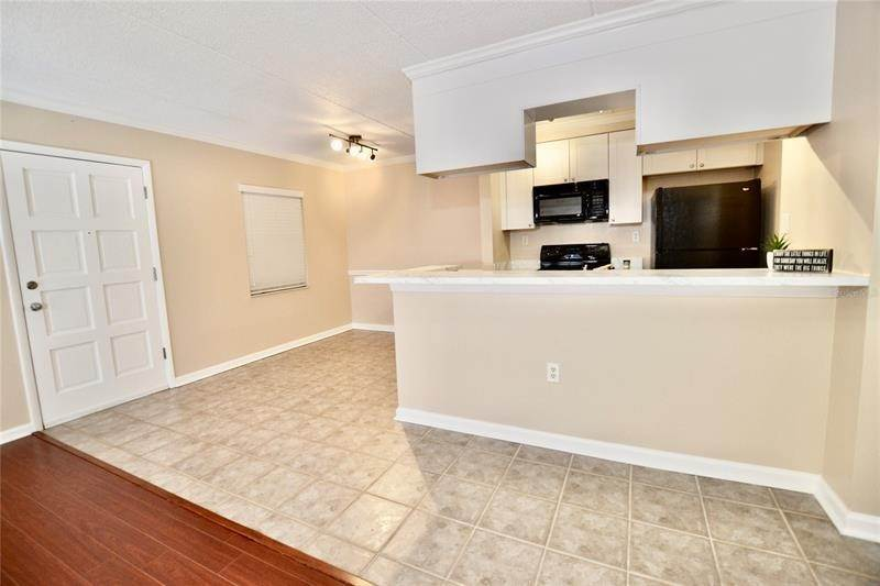 12. Condominiums for Sale at 106 ALAMEDA COURT 137 Tampa, Florida 33609 United States