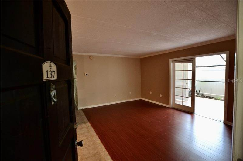 5. Condominiums for Sale at 106 ALAMEDA COURT 137 Tampa, Florida 33609 United States