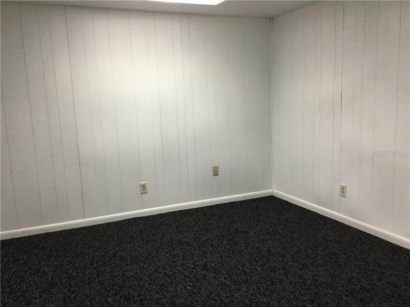3. Commercial for Sale at 5525 COMMERCE DRIVE 5 Edgewood, Florida 32839 United States