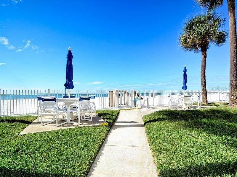 10. townhouses for Sale at 17960 GULF BOULEVARD 104 Redington Shores, Florida 33708 United States