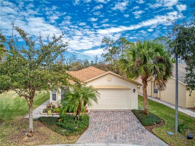 Single Family Homes en 520 MILLIFIORA LANE Poinciana, Florida 34759 Estados Unidos