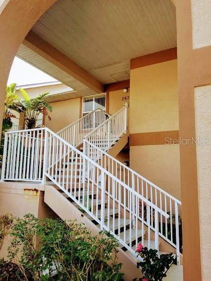 2. Condominiums for Sale at 2670 EMERALD LAKE COURT 2670 Kissimmee, Florida 34744 United States