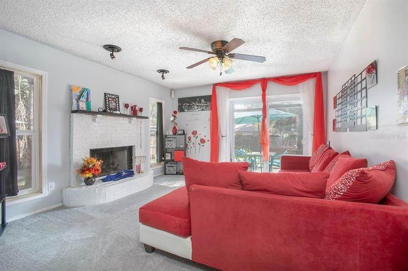 11. Single Family Homes for Sale at 2989 COTTAGEVILLE STREET Deltona, Florida 32738 United States