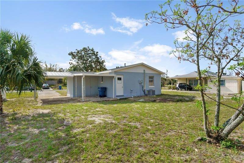 16. Single Family Homes for Sale at 545 SWALLOW LANE Spring Hill, Florida 34606 United States