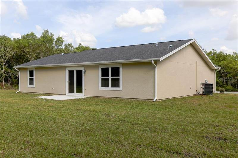 5. Single Family Homes for Sale at SW 139 PLACE Ocala, Florida 34473 United States