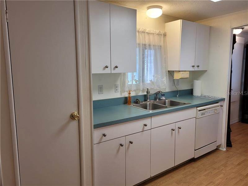 16. Mobile Homes for Sale at 3224 ASH TERRACE Sarasota, Florida 34237 United States