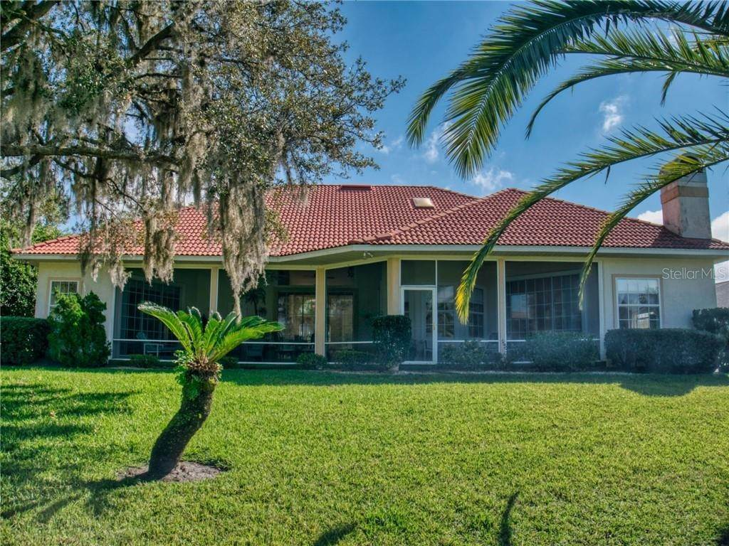 5. Single Family Homes for Sale at 205 BROMELY CIRCLE New Smyrna Beach, Florida 32168 United States