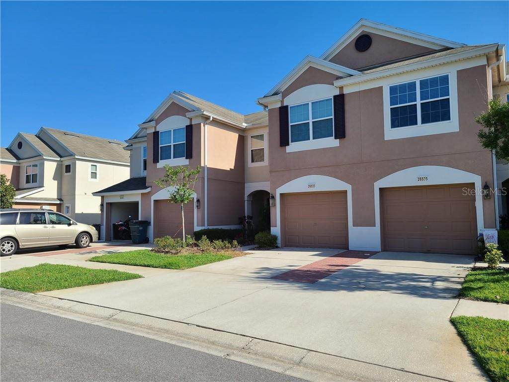 2. townhouses for Sale at 26533 CASTLEVIEW WAY Wesley Chapel, Florida 33544 United States