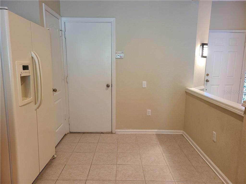 11. townhouses for Sale at 26533 CASTLEVIEW WAY Wesley Chapel, Florida 33544 United States