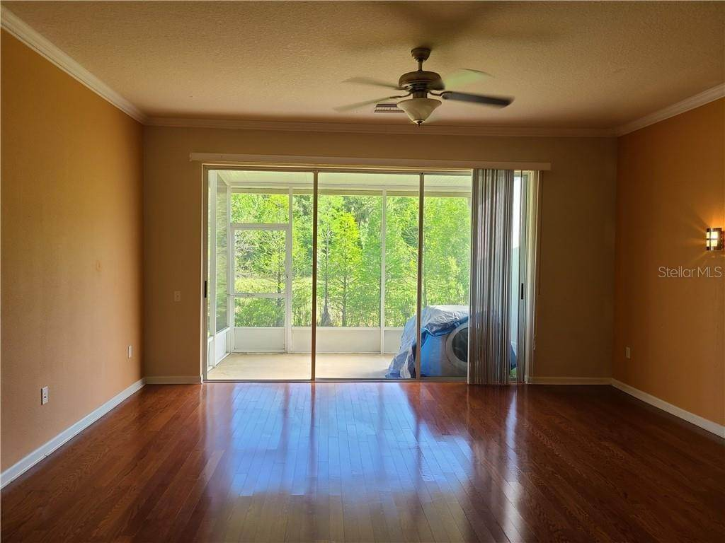 13. townhouses for Sale at 26533 CASTLEVIEW WAY Wesley Chapel, Florida 33544 United States