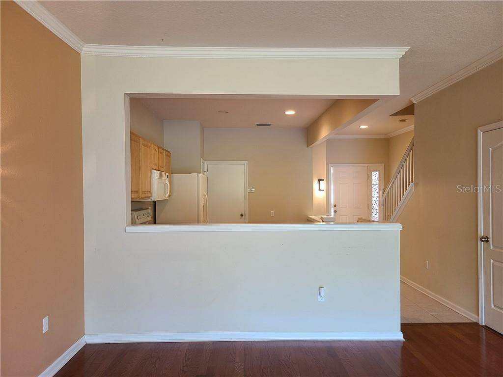 17. townhouses for Sale at 26533 CASTLEVIEW WAY Wesley Chapel, Florida 33544 United States