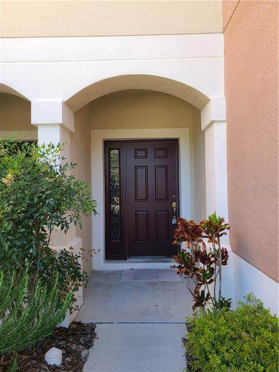 4. townhouses for Sale at 26533 CASTLEVIEW WAY Wesley Chapel, Florida 33544 United States