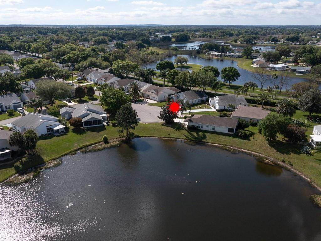 16. Single Family Homes for Sale at 5314 ASTOR Street Leesburg, Florida 34748 United States
