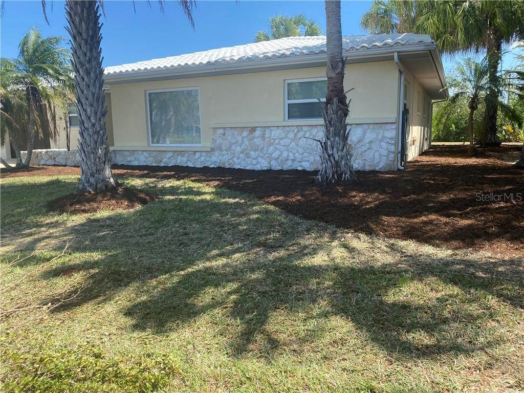 5. Single Family Homes for Sale at 3120 MAGNOLIA WAY Punta Gorda, Florida 33950 United States