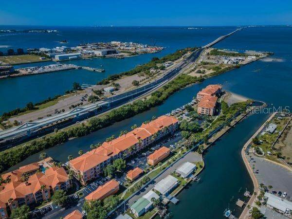 2. Condominiums for Sale at 5000 CULBREATH KEY WAY 8214 Tampa, Florida 33611 United States
