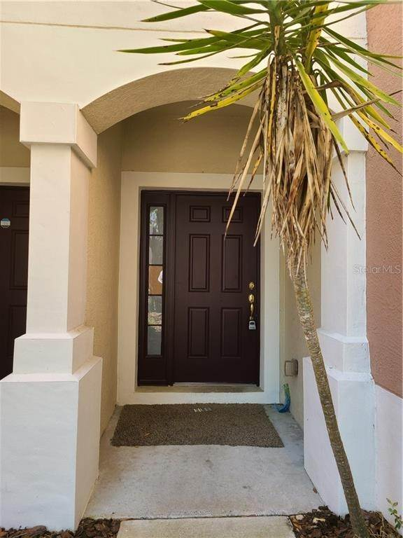 3. townhouses for Sale at 26622 CASTLEVIEW WAY Wesley Chapel, Florida 33544 United States