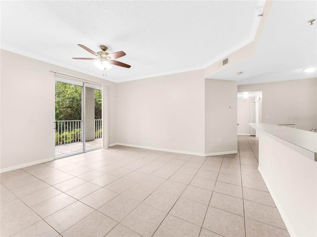 4. Condominiums for Sale at 4990 BARALDI CIRCLE 21-101 Sarasota, Florida 34235 United States