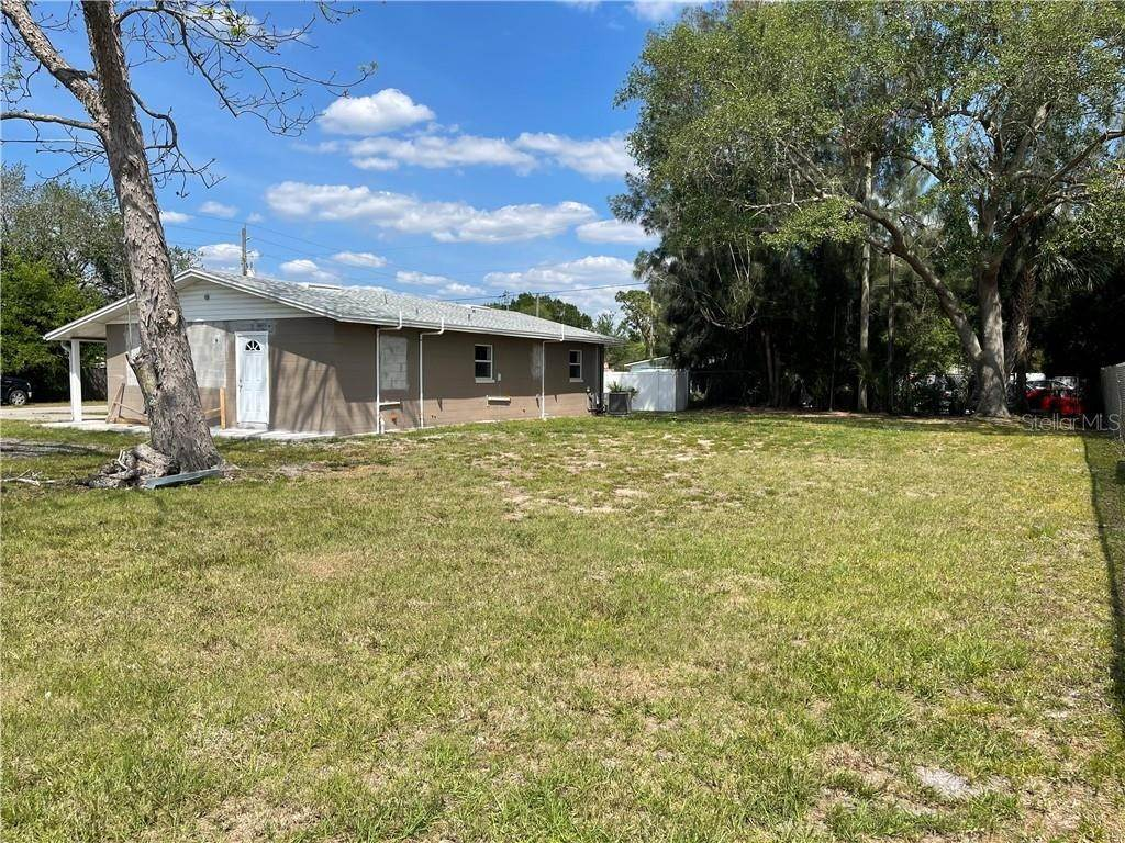 12. Single Family Homes for Sale at 2715 12TH STREET St. Cloud, Florida 34769 United States