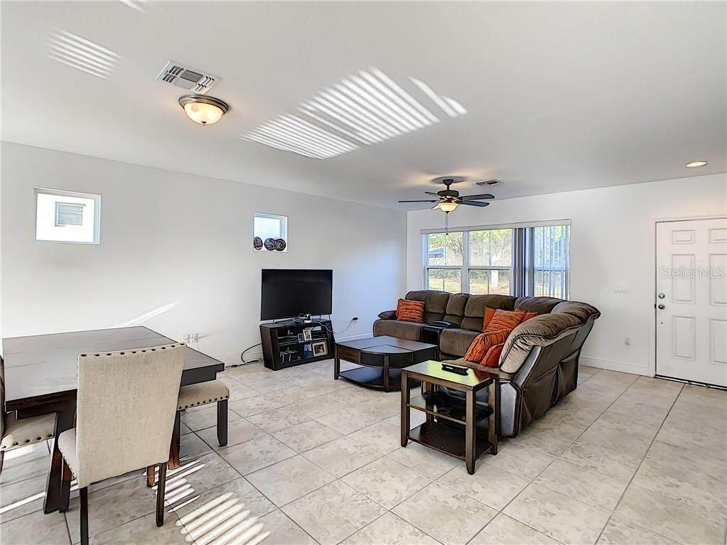 4. townhouses for Sale at 3127 VIA OTERO DRIVE Kissimmee, Florida 34744 United States