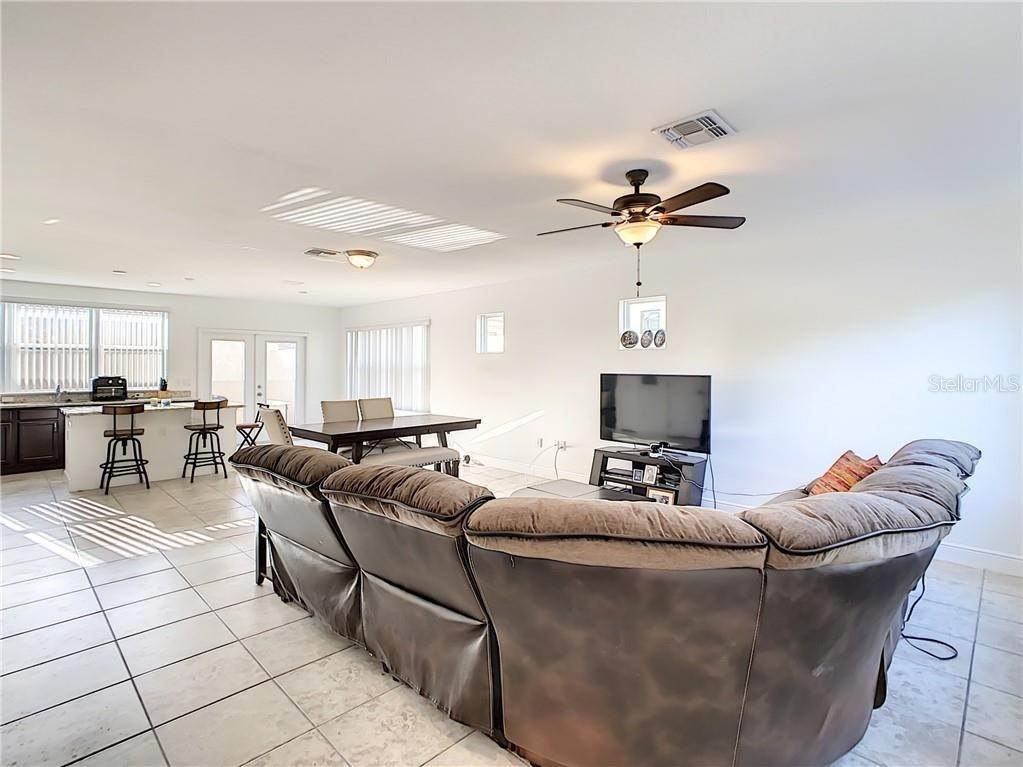 5. townhouses for Sale at 3127 VIA OTERO DRIVE Kissimmee, Florida 34744 United States