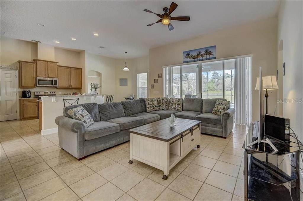 15. Single Family Homes for Sale at 3116 ROLLING HILLS LANE Apopka, Florida 32712 United States