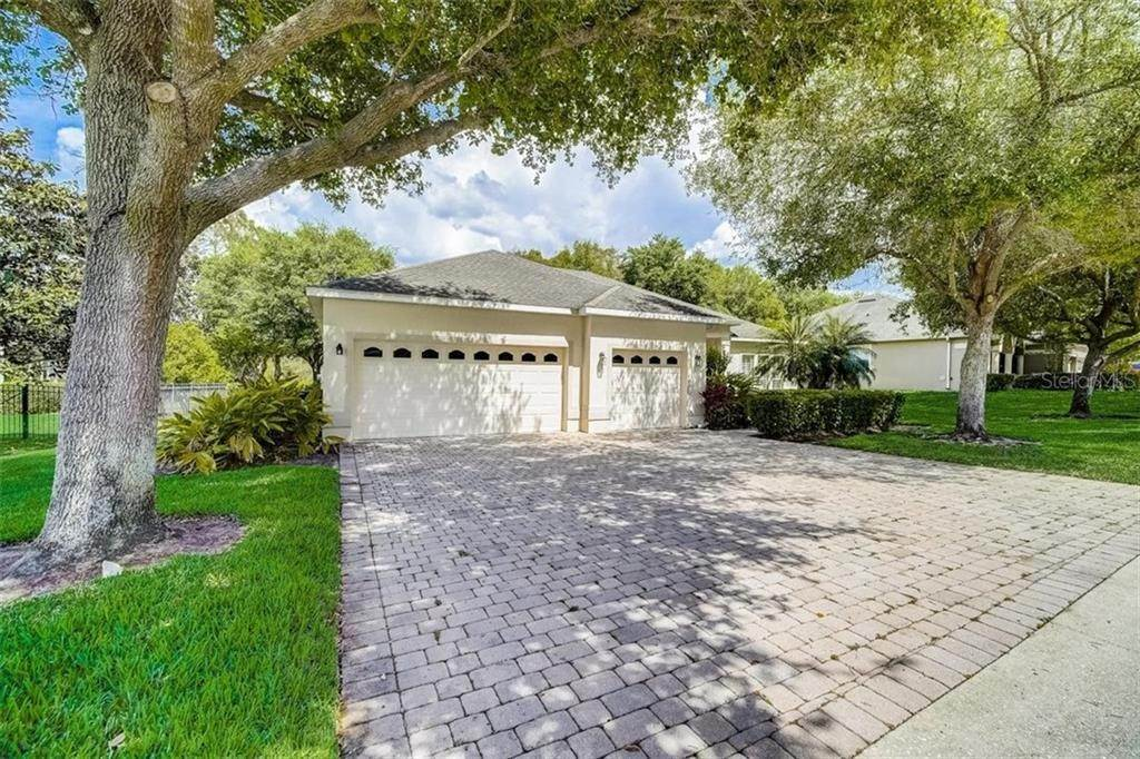 4. Single Family Homes for Sale at 3116 ROLLING HILLS LANE Apopka, Florida 32712 United States