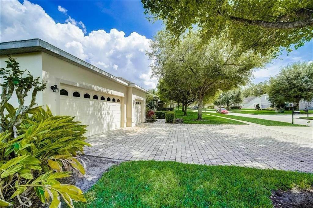6. Single Family Homes for Sale at 3116 ROLLING HILLS LANE Apopka, Florida 32712 United States