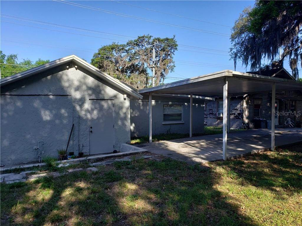 3. Single Family Homes for Sale at 845 N LINCOLN AVENUE Lakeland, Florida 33815 United States