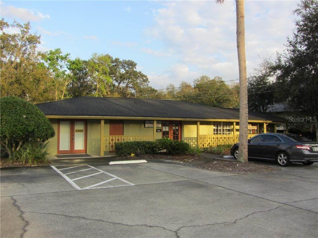 Commercial for Sale at 182 S CENTRAL AVE 182 Oviedo, Florida 32765 United States