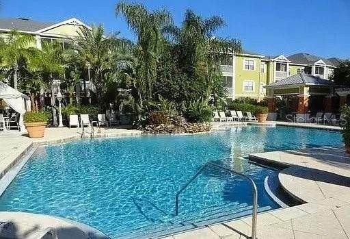 18. Condominiums for Sale at 4207 S DALE MABRY HIGHWAY 10107 Tampa, Florida 33611 United States