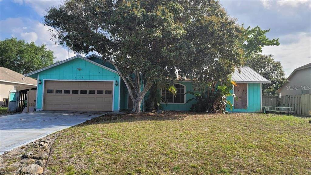 Single Family Homes for Sale at 550 SW LACROIX AVENUE Port St. Lucie, Florida 34953 United States