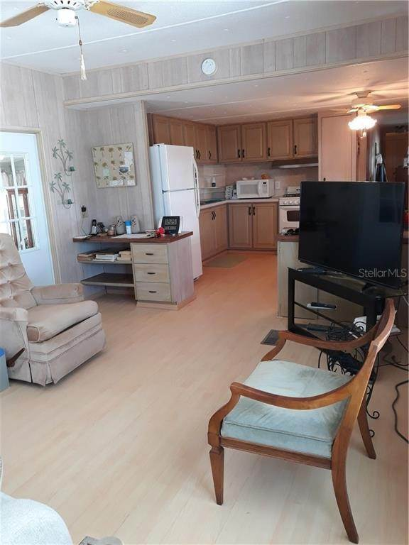 9. Mobile Homes for Sale at 6580 SEMINOLE BOULEVARD 640 Seminole, Florida 33772 United States