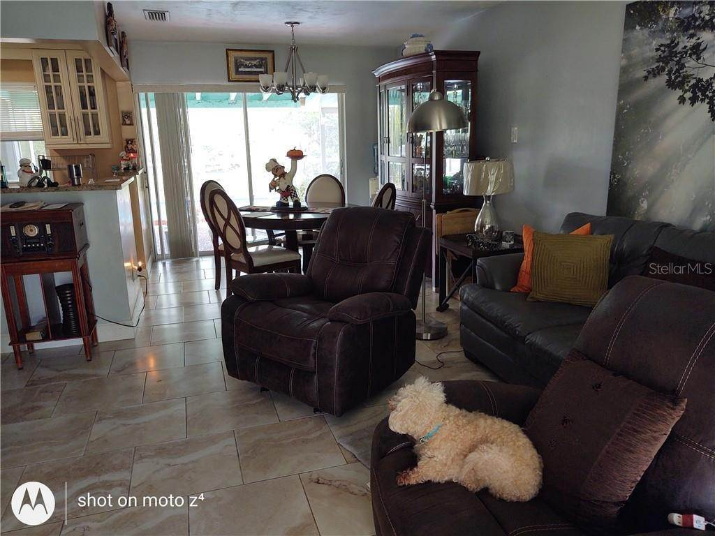 4. Single Family Homes for Sale at 1505 PROVIDENCE BOULEVARD Deltona, Florida 32725 United States