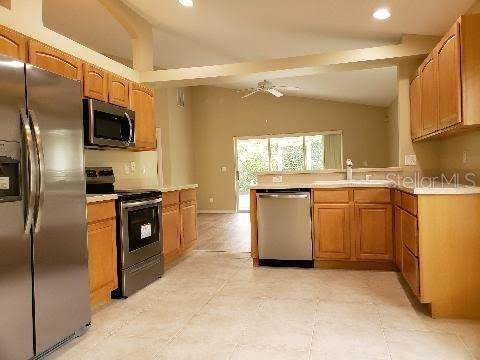 4. Single Family Homes for Sale at 4019 CARTERET DRIVE Winter Haven, Florida 33884 United States